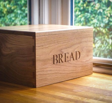 Wooden Bread Bin with Bread Board